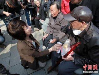 对话南京大屠杀史实学者